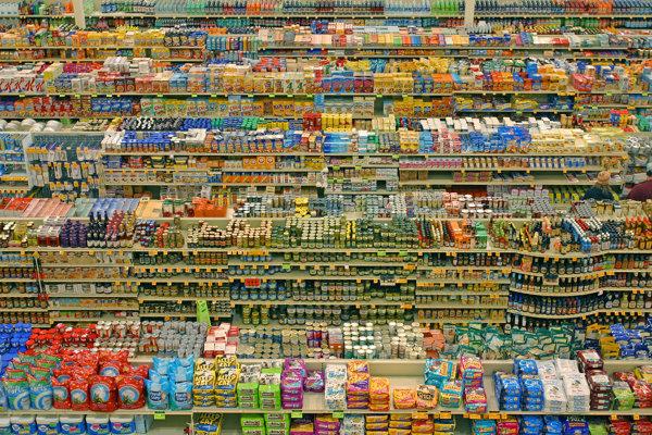 Preplnený supermarket.