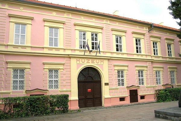 Gemersko-malohontské múzeum.