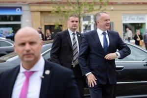 Prezident tesne po príchode do Žiaru nad Hronom.