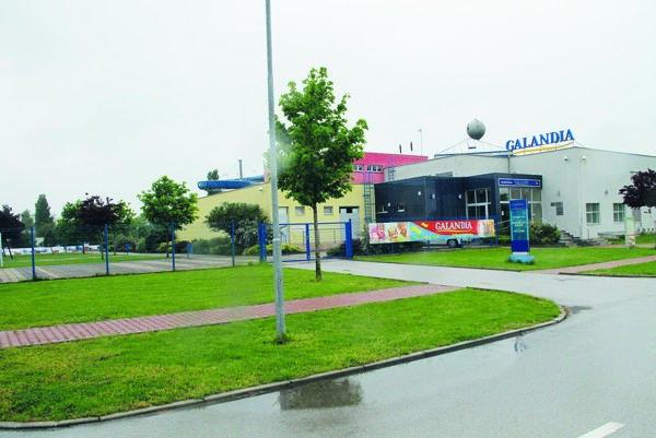 Galandia má len osem rokov, podľa znalca by mali podobné stavby vydržať minimálne 60.