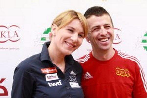 Anastasia a Daniel Kuzminovci sa na svoje druhé dieťa tešia. Vrcholový šport pôjde dočasne bokom.