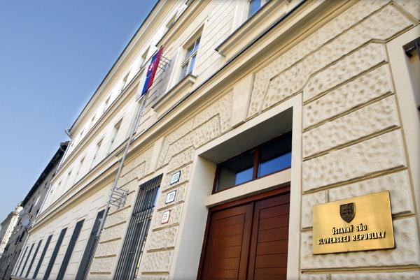 Ústavný súd SR.
