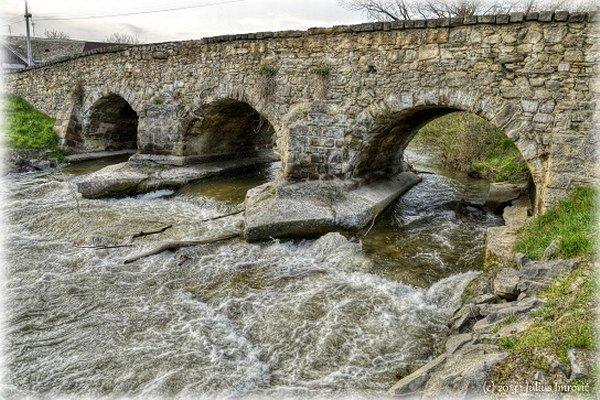 Kamenný most má takmer šesťsto rokov.