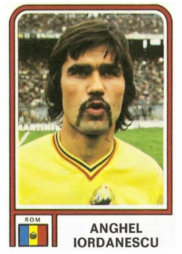 Terajší kouč Iordanescu v časoch aktívnej hráčskej kariéry vo farbách svojej vlasti.