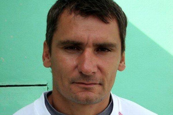 Branislav Mráz sa vo ViOne presunul sa na post asistenta, novým trénerom sa v januári stal Ladislav Totkovič.