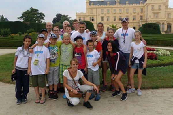 Čadčianski stolní tenisti absolvovali cez prázdniny aj trojdňové sústredenie v Českej republike za účasti klubov z Maďarska, Čiech a Poľska.