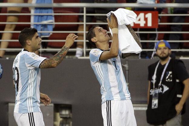 Angel di Maria (vpravo) venoval gól zosnulej babke.