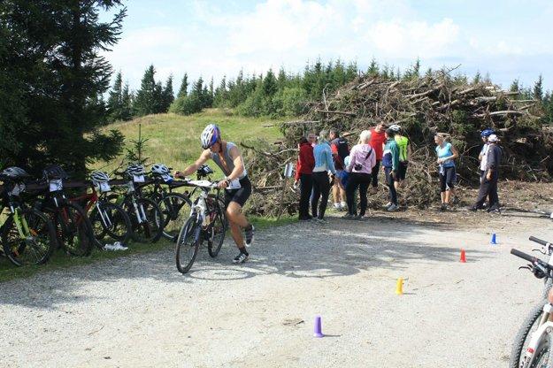 Depo v Prednom sedle, kde sa začína cyklistický úsek.