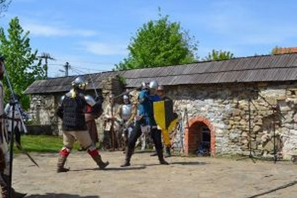 Prvá rytierska výprava sa uskutočnila v radoľskom kaštieli.