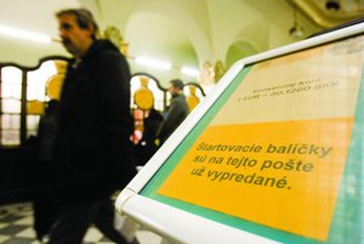 Na eurobalíčky stáli ľudia v radoch - www.sme.sk 96eb6b315d8