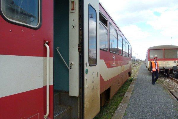 V najbližších dňoch nahradia na trati Beša - Podhájska vlaky autobusmi.