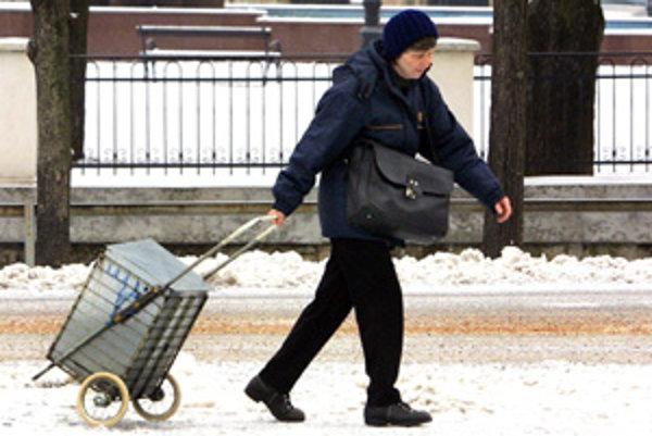 Poštári sa onedlho rozpŕchnu za dôchodcami.