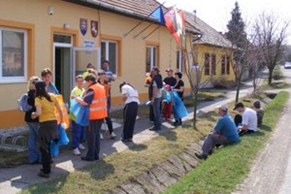 Od apríla sú v Kubáňove bez starostu. Napriek tomu sa zapojili do akcie Vyčistime si Slovensko 2012.