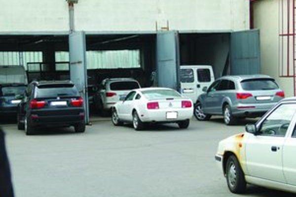 Počas akcie Leguán zadržala polícia desiatky ukradnutých áut.