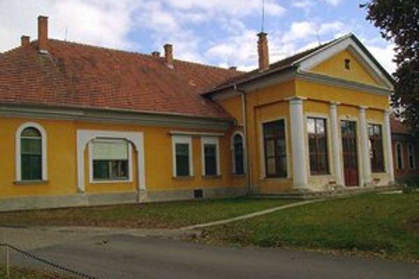 V domove dôchodcov v Santovke majú niekoľko klientov, ktorí si za služby nedokážu uhradiť poplatky podľa nových pravidiel.