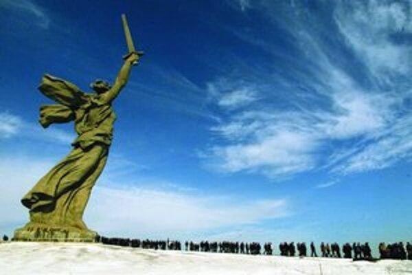 Aj socha Matka – vlasť, ktorá stráži Volgograd (bývalý Stalingrad), sa dostala medzi najväčšie ruské divy.