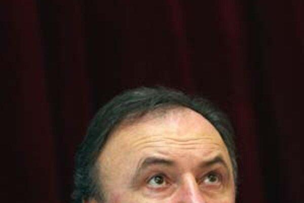 Pál Csáky hovorí, že o koalícii SMK so Smerom je predčasné hovoriť.