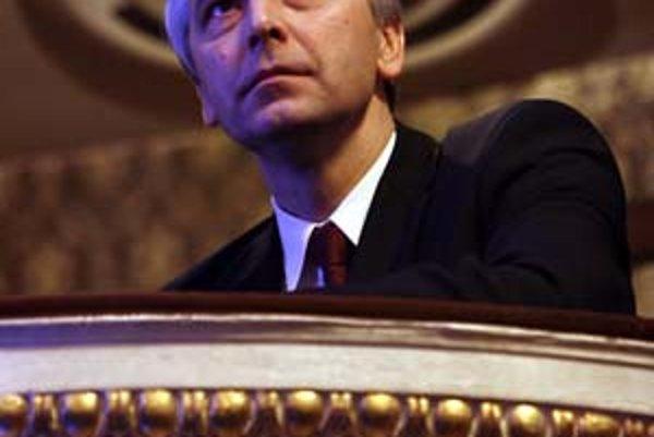 Ján Figeľ: Komisár Európskej únie pre vzdelávanie, odbornú prípravu, kultúru a mládež. Do roku 2003 pôsobil ako hlavný vyjednávač Slovenska pre rokovania o vstupe do Európskej únie. V roku 2004 ho ako poslanca KDH na post eurokomisára vybrala vláda Mikulá