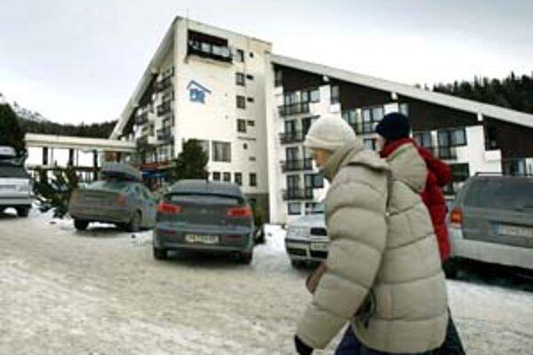 Ceny služieb stúpajú vo Vysokých Tatrách počas zlatého týždňa od 30 do 100 percent.