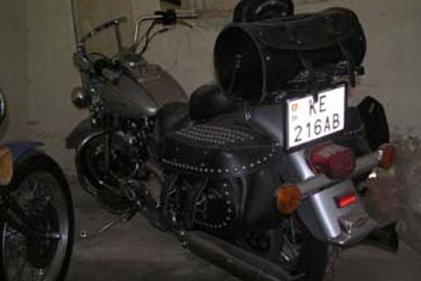 Motorky Harley Davidson z Fruniho garáže. Podľa odborníka boli výrazne podhodnotené.