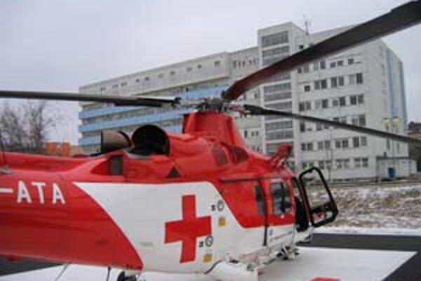 Ani drahé vybavenie vám v slovenskej nemocnici nemusí pomôcť, ak práve nemá správny lekár službu.