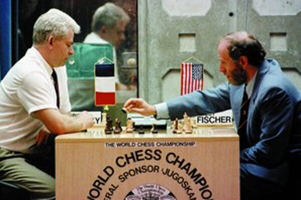 Z hrdinu studenej vojny sa druhým zápasom so Spasským v Juhoslávii stal Fischer čiernou ovcou Američanov.