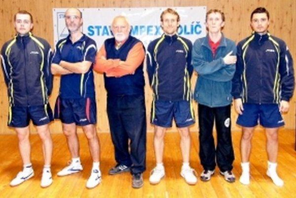 Víťaz základnej časti súťaže Stavoimpex Holíč.