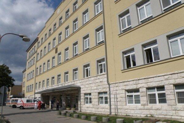 Fakultná nemocnica s poliklinikou v Skalici.