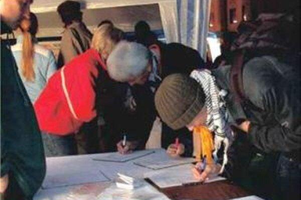 Malačania za uplynulý rok pripravili sedem petícií.