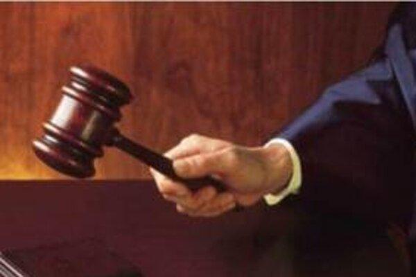 Súd v prípade herne a sporiteľne stále nerozhodol.