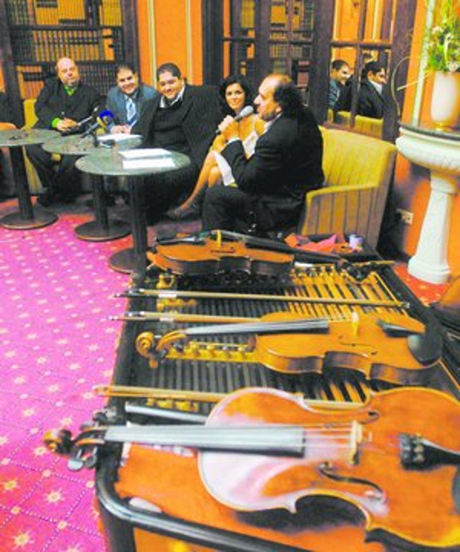 5548dd516 Diabolské husle už hrajú ako Cigánski diabli - www.sme.sk