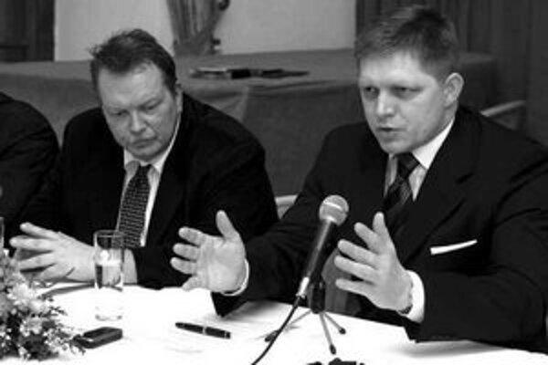 Vláda nepredpokladá ďalšie zmeny v daňovom systéme. Ak to ekonomický vývoj umožní, zvažuje uplatniť zníženú sadzbu DPH na viacero produktov. Povedal to včera premiér Robert Fico na stretnutí Hospodárskeho klubu.