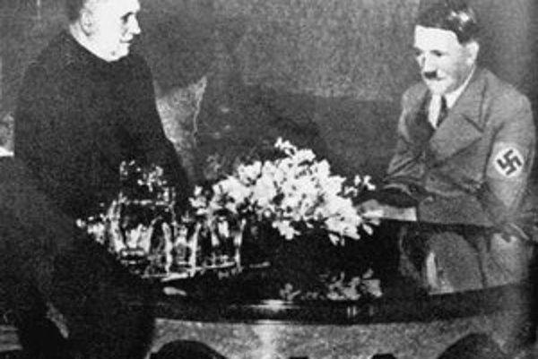 Dr. Jozef Tiso u ríšskeho kancelára Adolfa Hitlera 13. marca 1939.