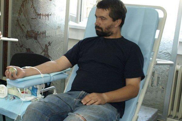 Darovanie krvi na mestskom úrade v Nových Zámkoch.