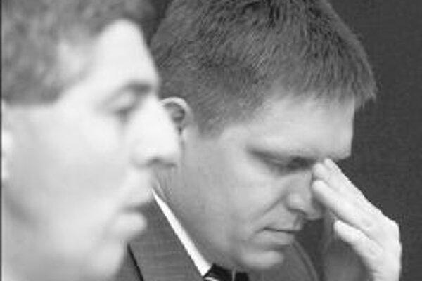 Predsedu SMK Bélu Bugára (vľavo) nahnevalo, že v štátnom rozpočte je na menšinovú kultúru o polovicu menej peňazí.