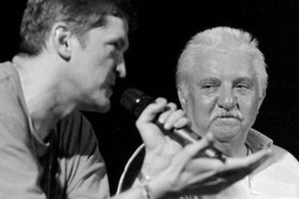 Štefan Hríb už asi reláciu Pod lampou moderovať nebude.