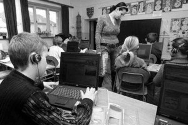 Každé dieťa má notebook.