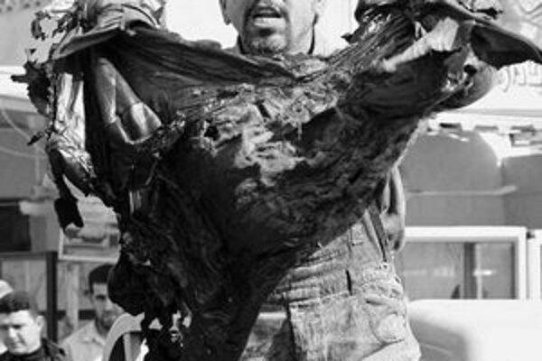 Toto bolo sako môjho brata, je mŕtvy, kričal po atentáte muž v Bagdade.