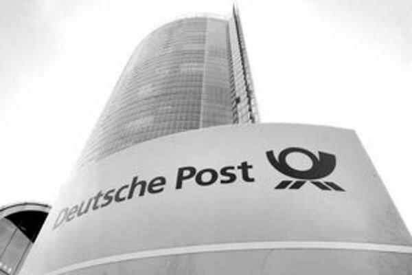 Súkromné poštové firmy v Nemecku dávajú svojim zamestnancom oveľa menšie platy ako štátna Deutsche Post.