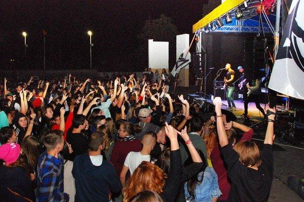 Z koncertu v amfiteátri.