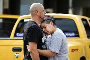 Pri najhoršej streľbe v Spojených štátoch zomrelo 50 ľudí.