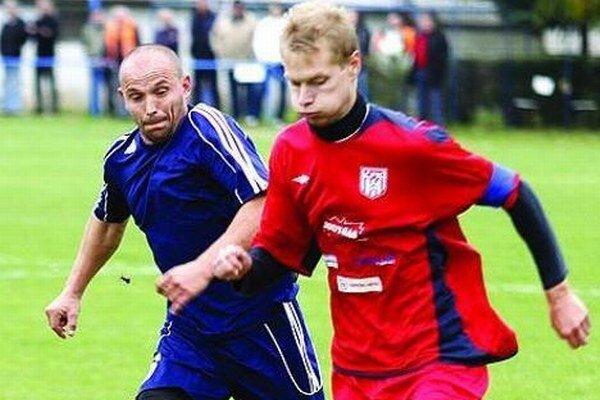 ČFK Nitra hral s Vrakúňom 0:0. V súboji Serenečéš a hosťujúci     Méry.