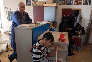 Prečo dať zelenú učňovským triedam v osadách?