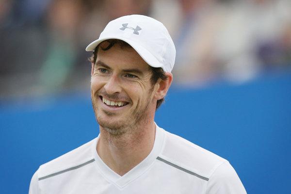 Andy Murray sa mohol po svojom zápase usmievať.