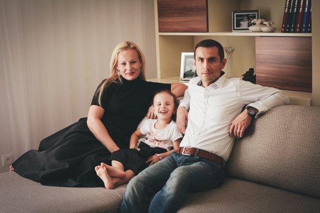Michal Britvík s manželkou Jankou a ich dcérkou.