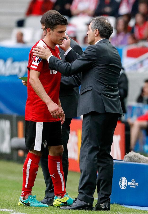 V zápase proti Maďarsku musel Junuzovič opustiť trávnik predčasne.