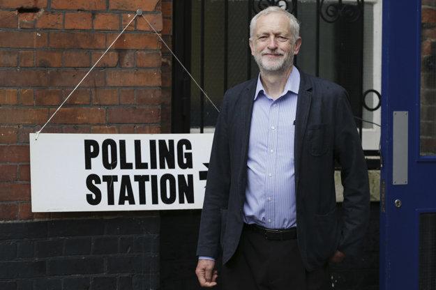 Jeremy Corbyn sa tiež vyslovuje za pokračovanie britského členstva v EÚ.