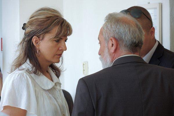 Bývala manželka Janka Bačová na dnešnom pojednávaní v Trenčíne.