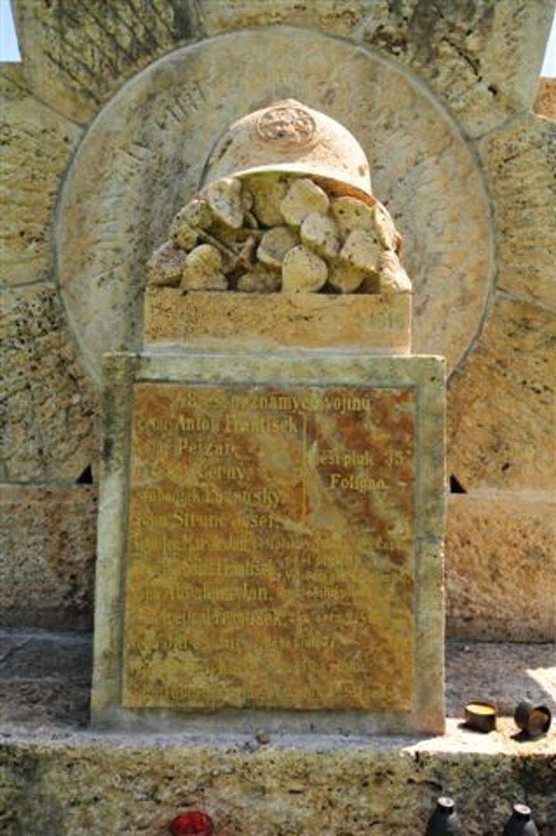 Pamätník legionárom po obnove.