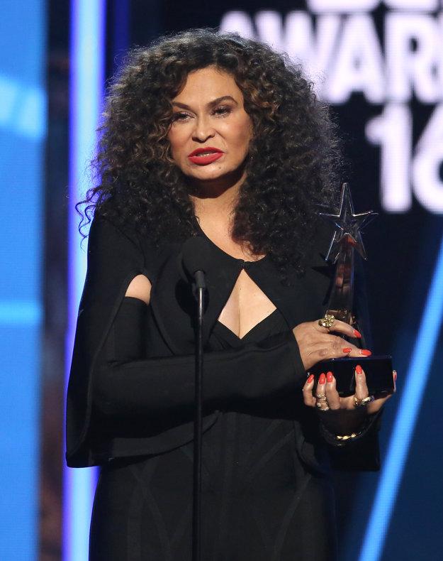 Tina Knowlesová preberala cenu za svoju dcéru Beyoncé